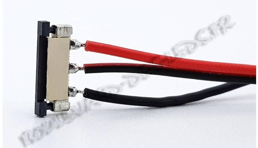Les bandes lumineuses à LED et le connecteur de ruban LED